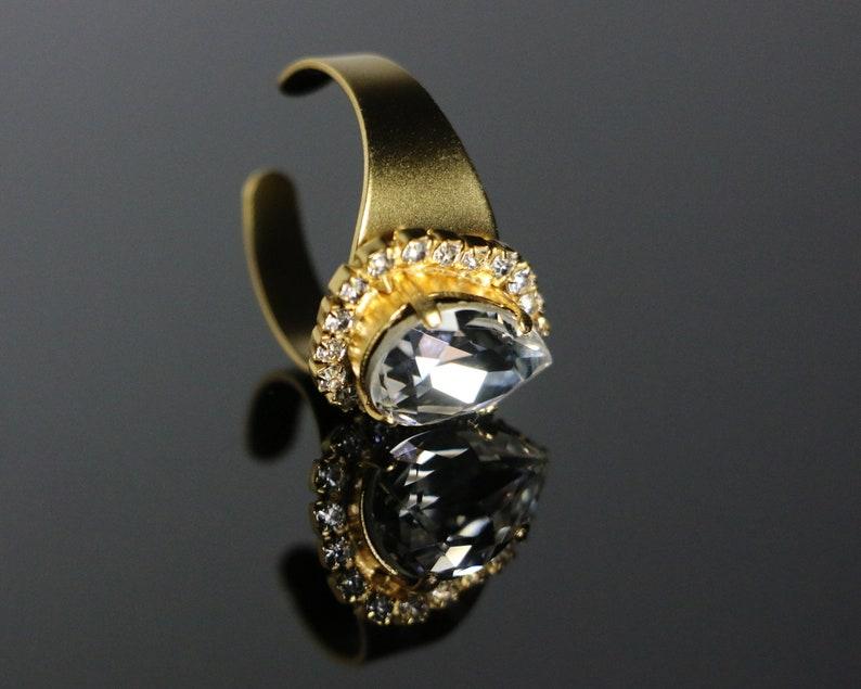 9bc54a2c6 Swarovski Crystal Tea-Drop Gemstone Solitaire Gems Crown Ring.   Etsy
