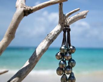 Waterfall earrings of shinny Tahitian colorful pearls, beach jewelry, Tahitian black pearls, cultured pearls, boho jewelry, gypsy.