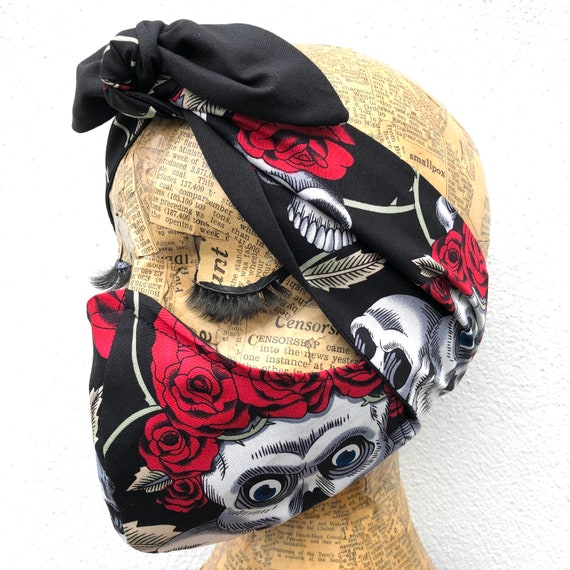 Skull And Roses Headscarf And Double Layered Face Mask Set