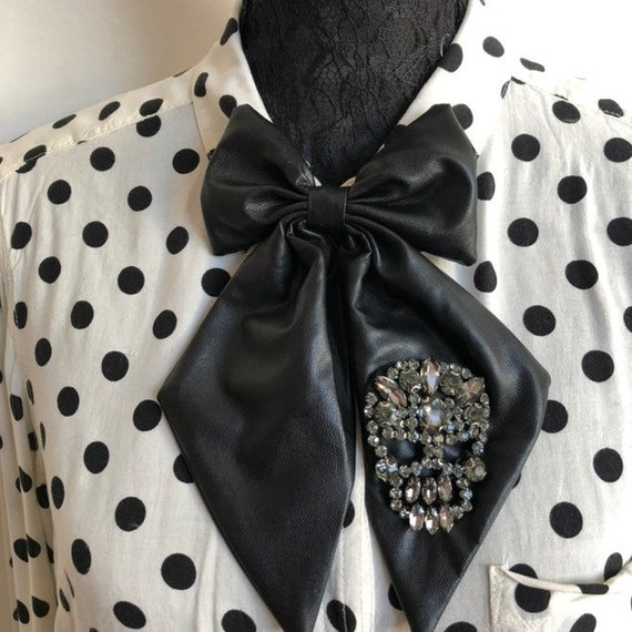 Faux Leather Betty Bow Tie Pin Rockabilly Pinup 1950's Inspired