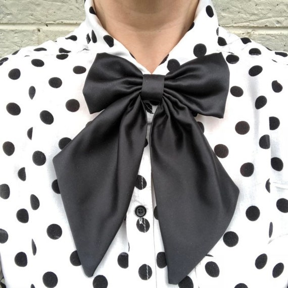 Black Duchess Satin Betty Bow Tie Pin Rockabilly Rocabella