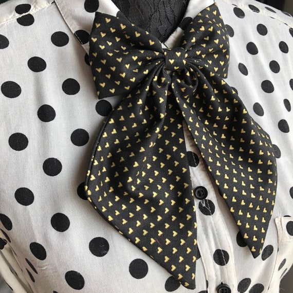 Black And Gold Heart Betty Bow Tie Pin Rockabilly Pinup Inspired