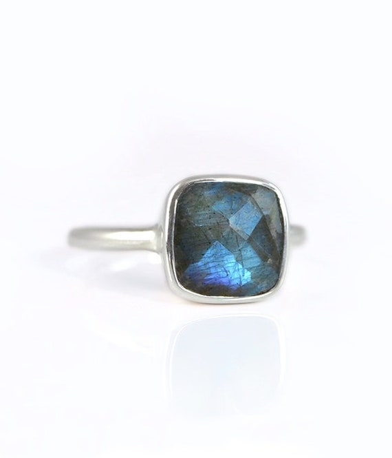 Handmade Labradorite and Sterling Silver Statement Ring Size UK M to N.