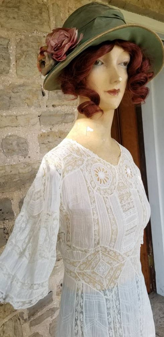 Authentic Edwardian Intricate Lace Embroidery Cott