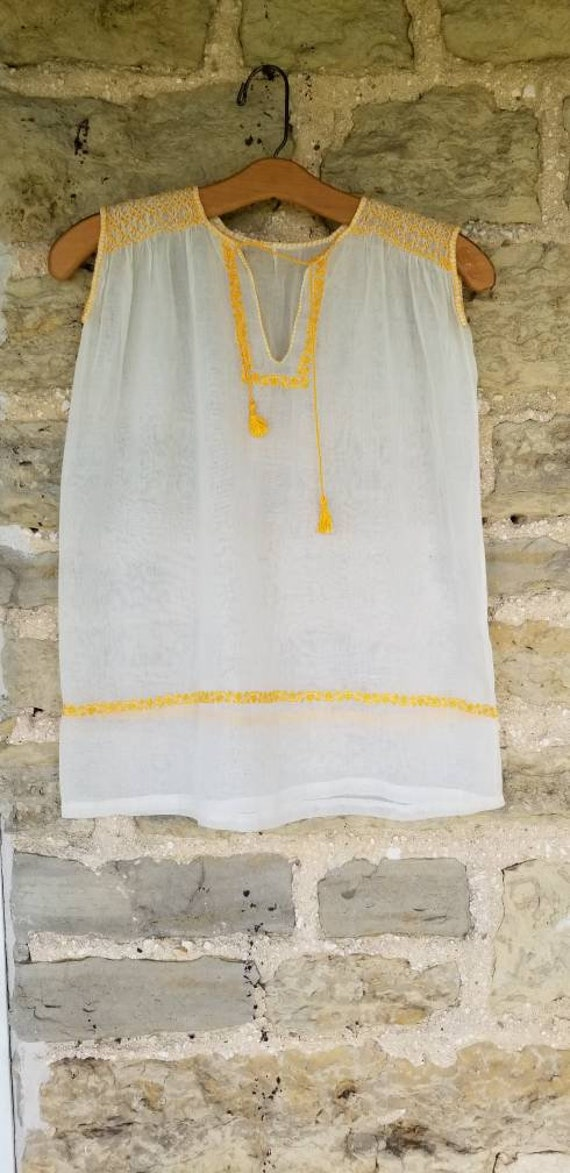 Sunny 1930s Hungarian Embroidered Gauzy Summer Bl… - image 1