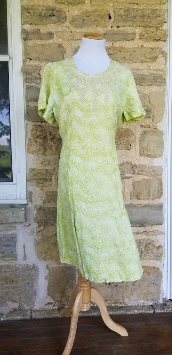 Authentic 1950s Chartreuse Green Cold Rayon Day Dr