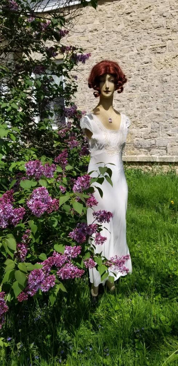 Authentic 1930s White Lace Silky Rayon Gown Dress… - image 2