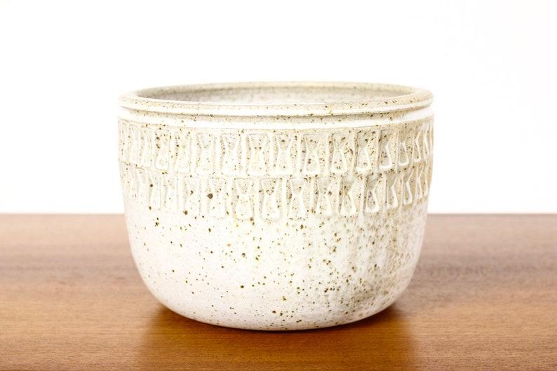 Ceramic Stoneware Modernist Wheel Thrown Planter \u2014 Small Weave pattern \u2014 White Glaze \u2014 P89