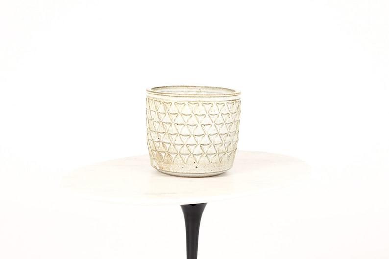 Ceramic Stoneware Planter \u2014 Large Delta pattern \u2014White Glaze \u2014 P52