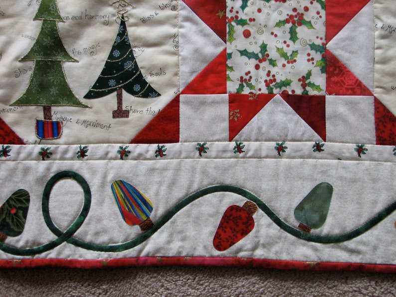 Christmas Tree Lap Quilt Sofa Quilt Home Decor Christmas Quilt Lap Quilt Quilts Cottage Quilt Christmas Decor Quilted Wall hanging