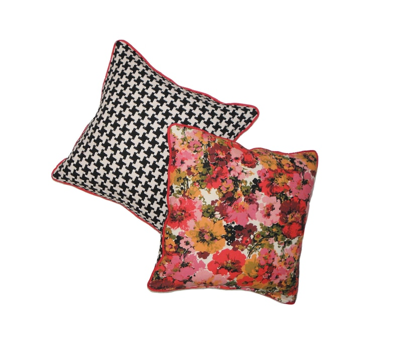 18x18 Pillow Vintage Floral Black and White Houndstooth image 0
