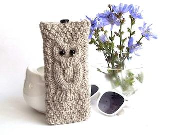 Grey Owl Glasses Case. Eyeglasses Case. Eyeglasses Holder. Sunglasses Case. Sunglasses Holder. Knit Reading Glasses Case.