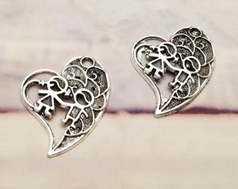 SC2178 4 Children Charms Antique Silver Tone Boy and Girl Holding Hands