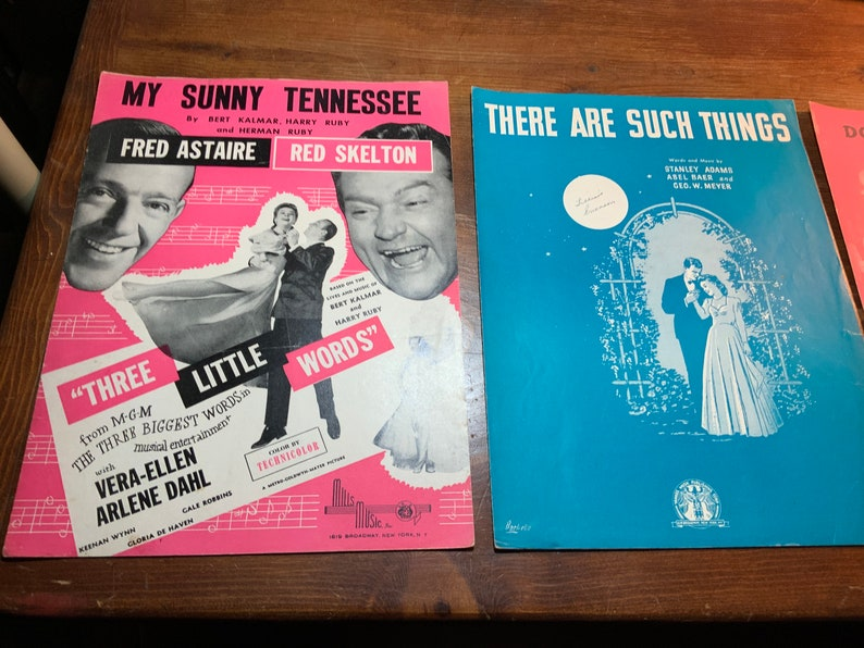 Vintage sheet music  10 pieces 30s and 40s image 0