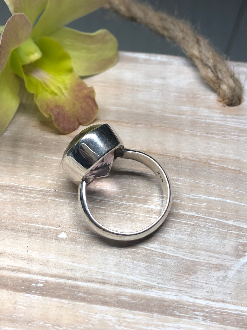 Sterling Silver. Amethyst Solitaire Ring