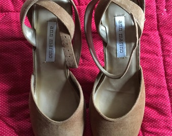 64f7bab8ca5c77 Ann Marino size 7 M new suede open toes criss cross ankle straps heels  brown beige NIB NOS