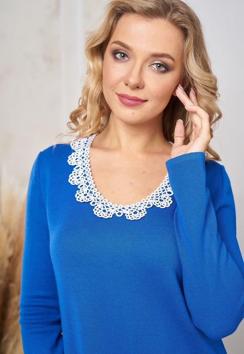 a-line midi dress with long sleeves Blue knitted dress with the finest handmade white lace collar