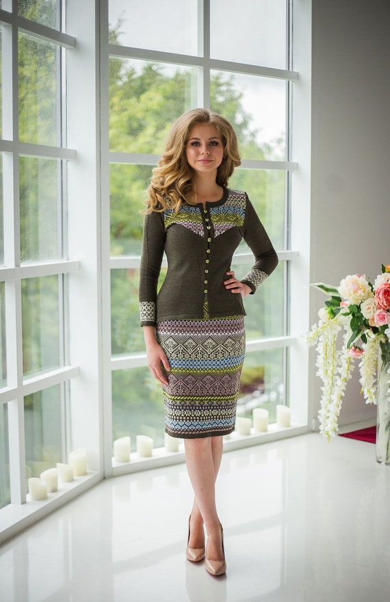 Elegant classic knitted two-piece purple suit Cranberry in sugar Consists of a jacket and the pencil skirt