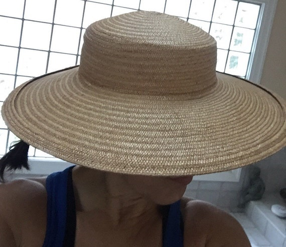 Wide Brimmed Hat Elegant 1940s Natural Straw Wide… - image 1