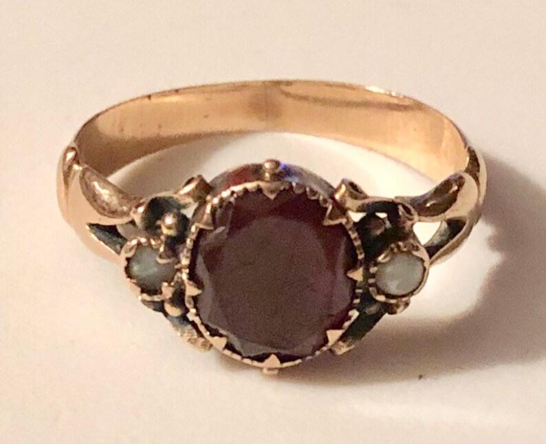 Antique Gold Garnet Ring Late Georgian Early Victorian Garnet image 0