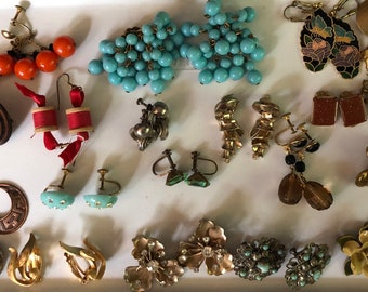 Unsigned Vintage Earring Collection Jewelry Job Lot Wholesale 19 Pairs Retro MidCentury