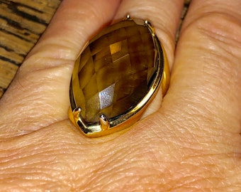Lovely Large Faux Smokey Quartz Goldtone Setting Size 6.5 Circa 1980s Statement Ring w Faceted Faux Gemstone