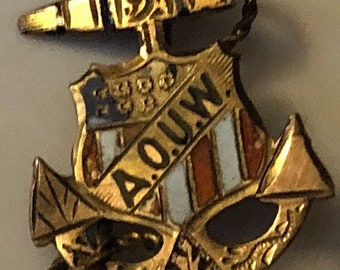 1880s AOUW Ancient Order Of United Workmen 10k Gold USA Shield Anchor Lapel Pin