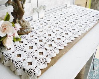 Vintage Handmade Crochet Table Runner In Beige White Flower Pattern, Rustic Wedding Runner, Dresser Runner, Home Decor, Shabby Chic Curtain
