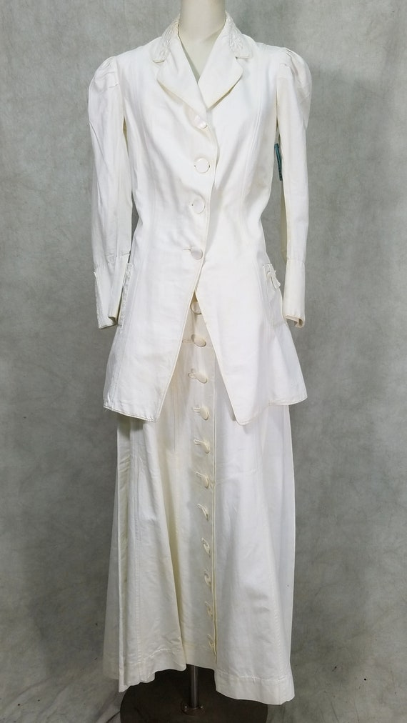 1915 Ladies Suit White Linen Suffragette Day Dres… - image 1