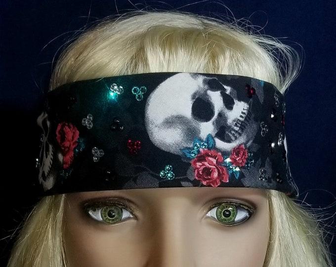 Narrow Black and red rose skull bandana.
