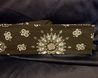 Black Paisley with Light Green and Clear Crystals (Sku1905)