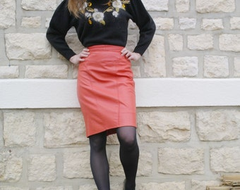 Vintage 80 Salmon leather Skirt