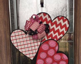 Hearts Door Hanger Valentines Door Hanger Valentines Decor Valentines Holiday Decor Hearts Wood Door Hanger Door Hanger