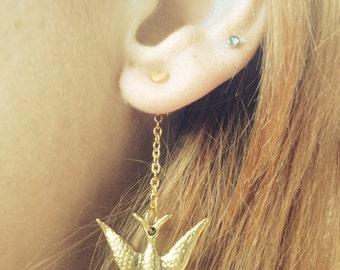 Ear Backdrop - gold tone bird chain