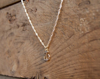 Twisted chain ancor necklace in silver tone with Ton Petit Bijou (Your Little Jewel) toggle