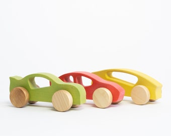Small wooden cars made in Quebec