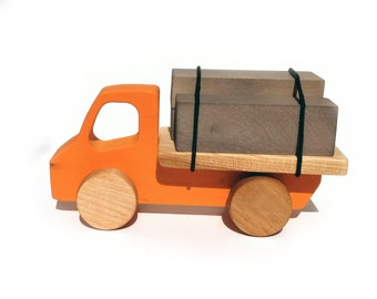 Wooden construction truck made in Quebec