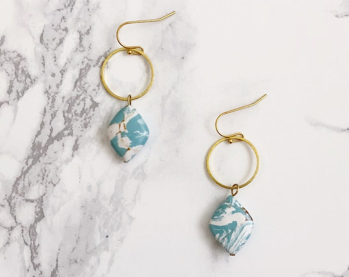 Geometric Turquoise & White Drops