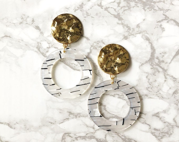 Lost Statement Earrings - Black & White