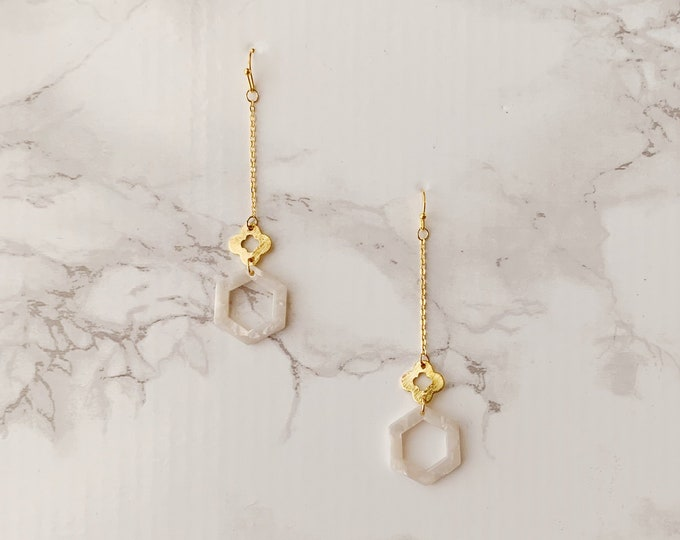 Timeless Drop Earrings - White