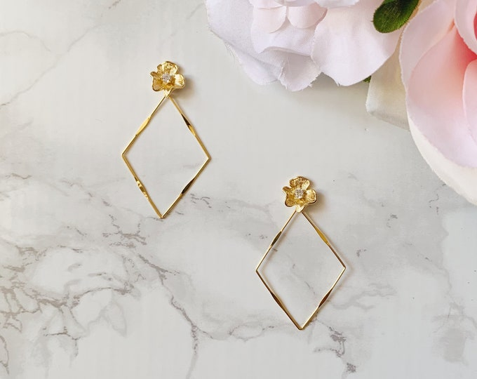Honeymoon Earrings - Gold