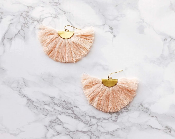 Spectrum Fan Earrings - Peach