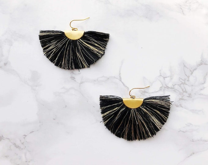 Spectrum Fan Earrings - Black & Gold