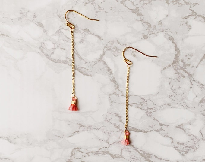 Cay Earrings - Coral Peach
