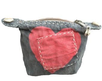 Ali Lamu Small Clutch Grey HEART Red
