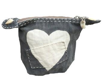 Ali Lamu Small Clutch Grey HEART Natural