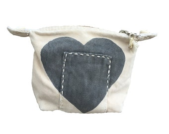 Ali Lamu Small Clutch Natural HEART Grey