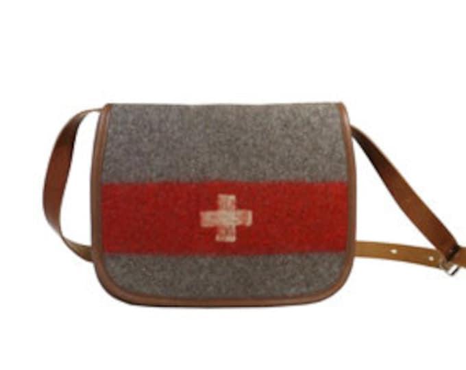 WD78 Swiss Army Blanket Shoulderbag by Karlen Swiss