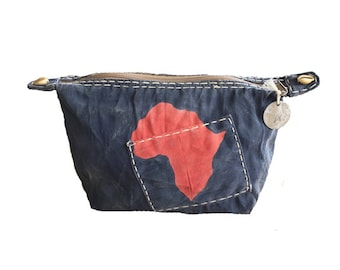 Ali Lamu Clutch Large Navy Africa Red