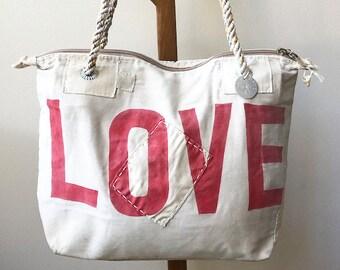 Ali Lamu Small Weekend Bag Natural LOVE Red